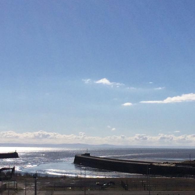 haiku about low tide at Swansea bay