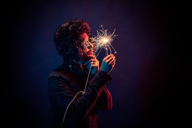 three line tales week 85: sparkler and sunglasses