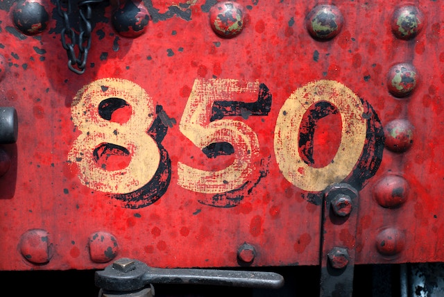 three line tales, week 101: a gold number eight five zero 850 painted on an old-fashioned chest or suitcase