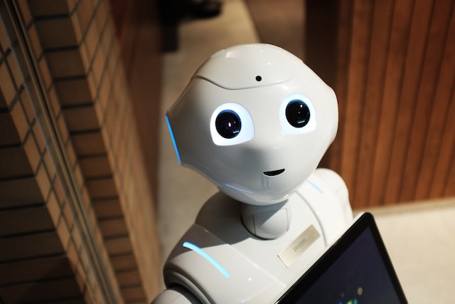 three line tales, week 129: a friendly robot – or is he up to something sinister?