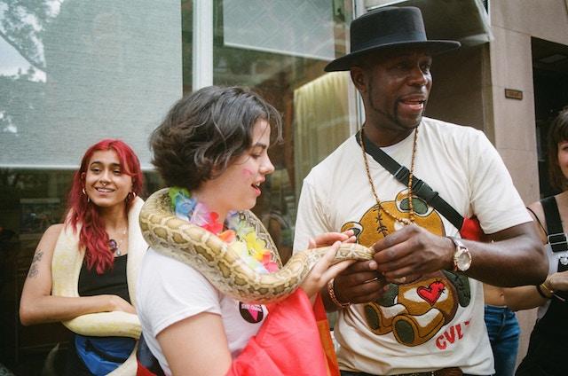 three line tales, week 188: people with snakes around their shoulders