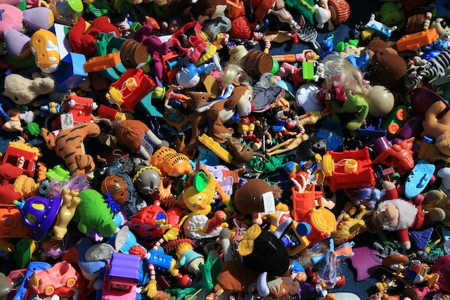 three line tales, week 246: a pile of plastic toys